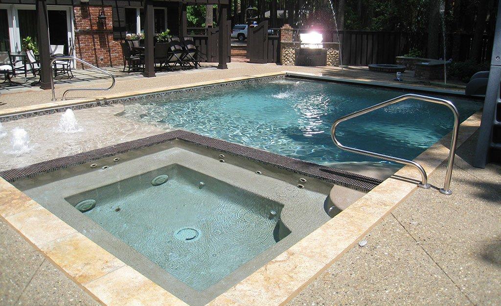 Backyard Pool Paradise